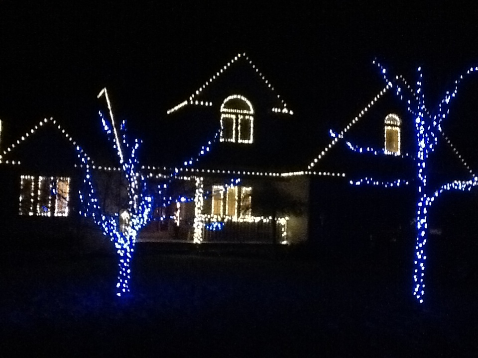 christmaslightpic_zpsa7c135b4jpg960x720 360 kb one of our customers wants us to put her lights up